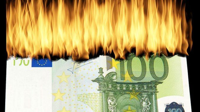 Bruciare lo stipendio